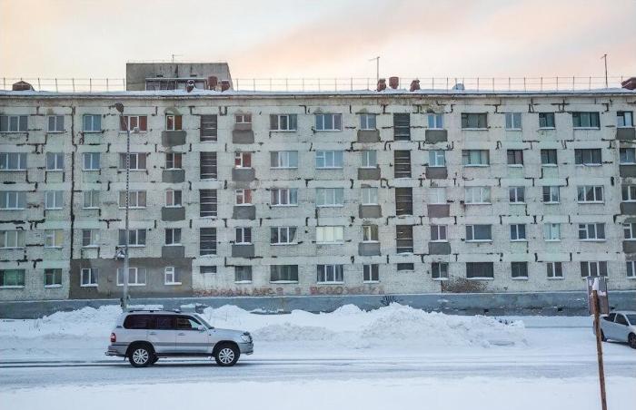 Одной из причин появления домов без балконов стали быстрые темпы строительства / Фото: nevsedoma.com.ua