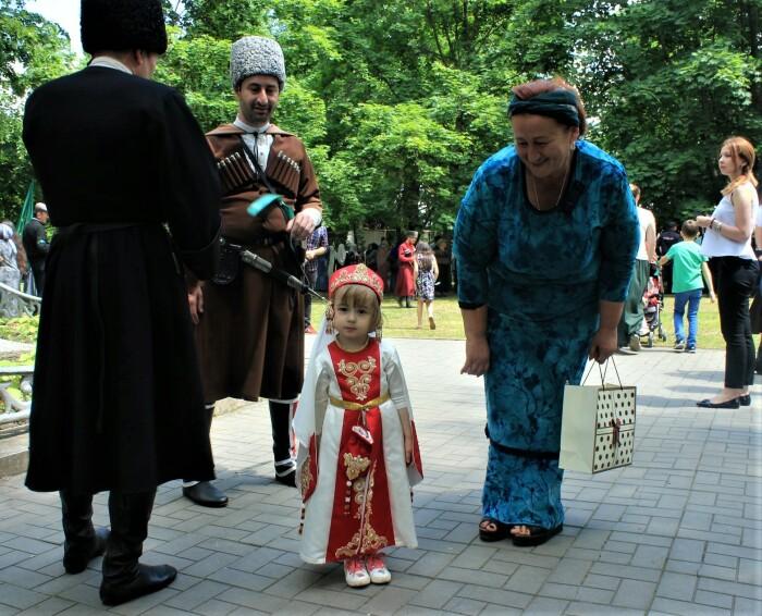 В Кабардино-Балкарии издавна считают, что все, что происходит в доме, в нем должно и оставаться / Фото: nazaccent.ru