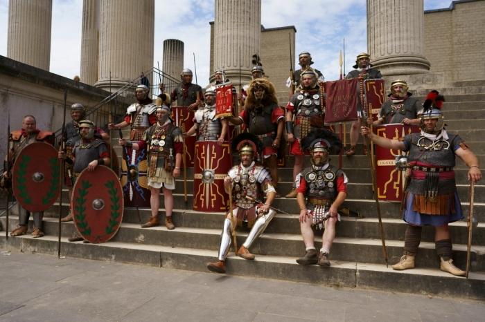 Вероятно, запреты на определенную одежу у римлян связаны с желанием сохранить собственную идентичность / Фото: bestlj.ru