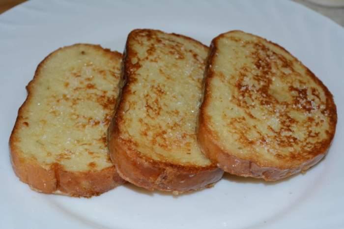Гренки из хлеба с яйцом / Фото: good-know.com