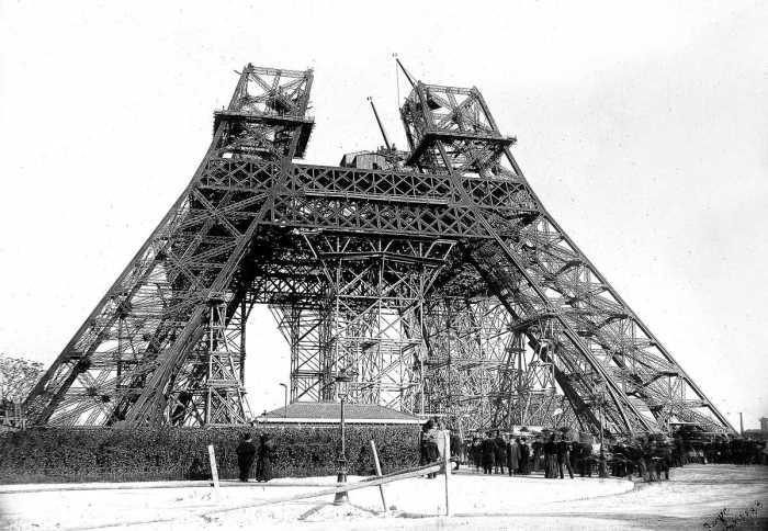 Конструкция носила временный характер, башню должны были разобрать через 20 лет после установки / Фото: variat.com.ua