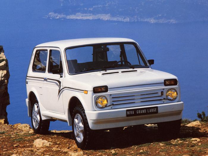 По эксплуатационным характеристикам Ниву сравнивали с Range Rover / Фото: yandex.kz