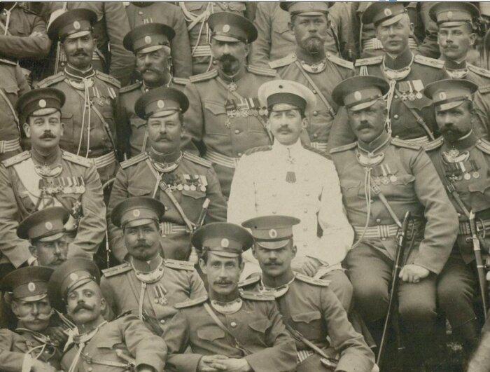 В период 1918-1920 гг. через РККА прошло около 120 000 бывших военных чинов и офицеров / Фото: Instagram›EvShu