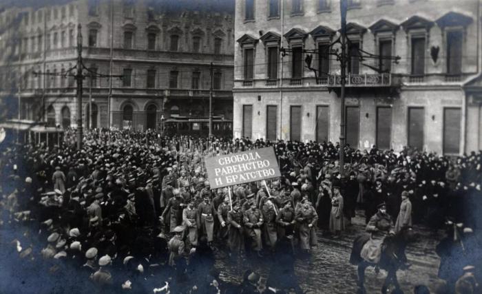 Многие офицеры побывали в нескольких армиях, но в результате приняли сторону большевиков / Фото: astropro.ru
