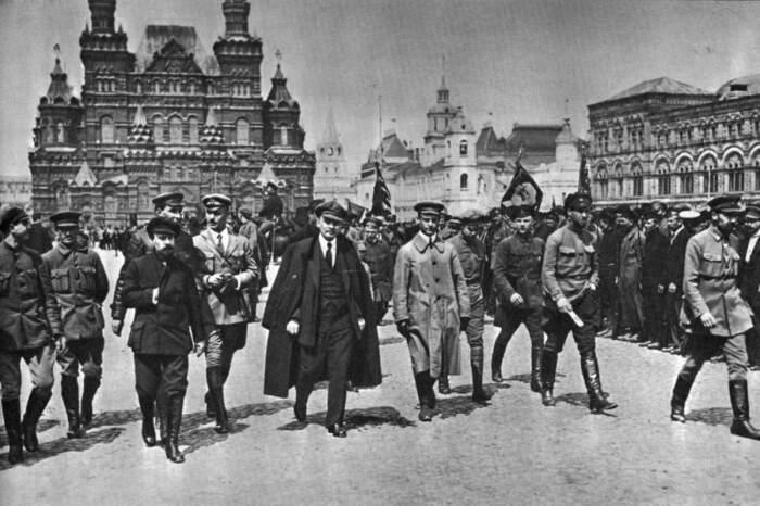 Поводов, чтобы перейти на сторону большевиков у офицеров царской армии было немало / Фото: kavkaz.mk.ru