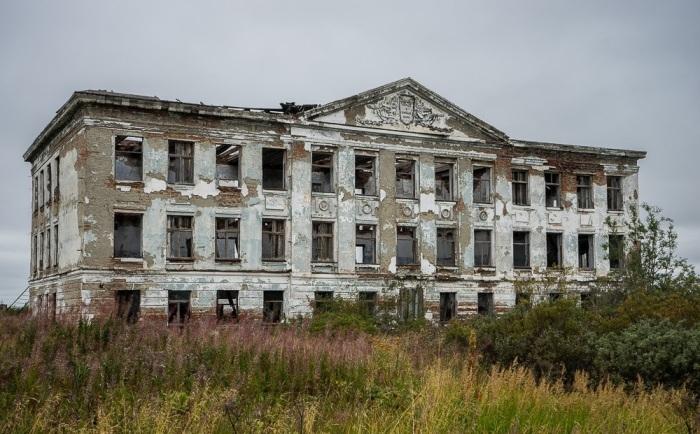 В 2007 году было решено закрыть поселок / Фото: hodor.lol