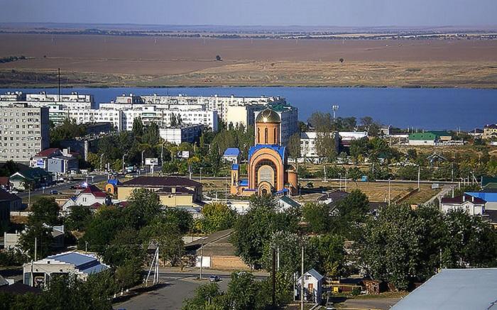 Буденновск менял свое название пять раз: Святой Крест, Прикумск, Будённовск, Прикумск, Будённовск