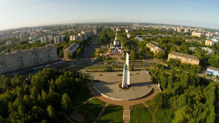 Прежде чем стать Кировом, город носил такие названия: Хлынов, Вятка, Хлынов, Вятка / Фото: кировстрой.рф