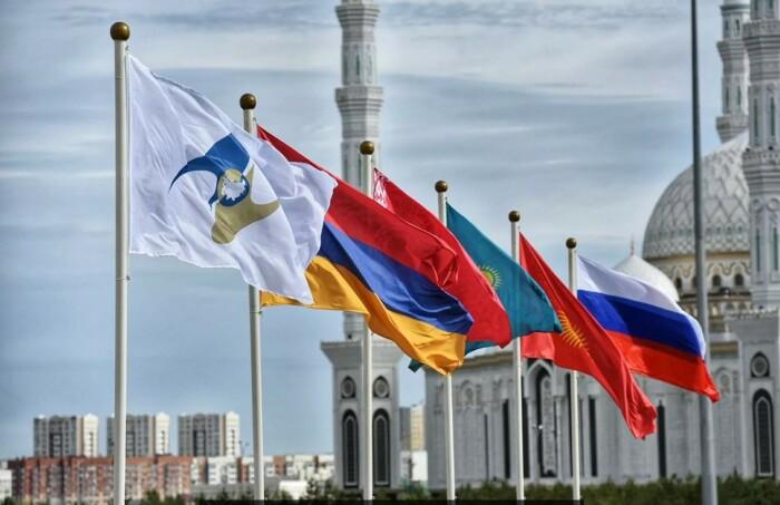 С появлением ЕАЭС сотрудничество России и Китая в области промышленности и торговли стало углубляться / Фото: Яндекс.Новости
