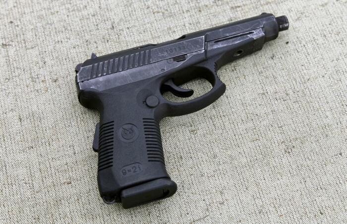 Пистолет Гюрза в США находится под запретом, и виной всему ряд характеристик оружия / Фото: proguns.ru