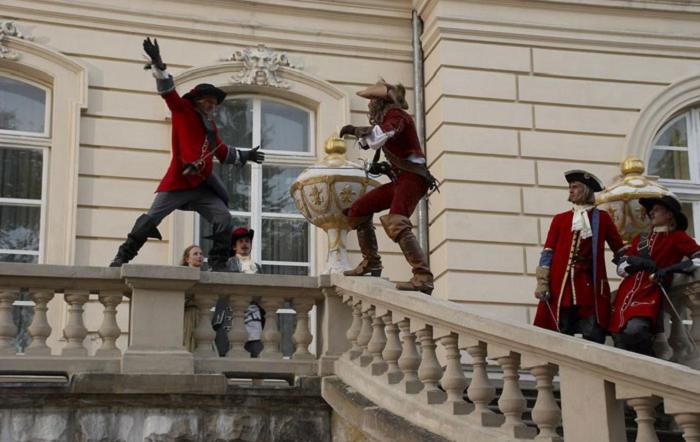 Почему гвардейцы кардинала избегали конфликтов с мушкетерами короля, хотя были гораздо сильнее