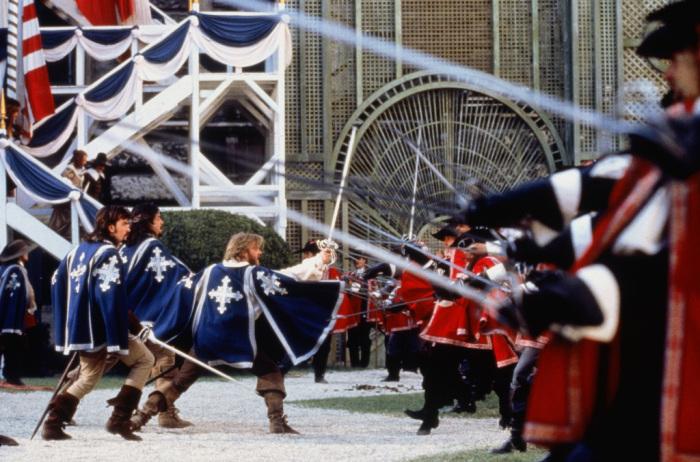 Гвардейцы были оснащены кардиналом за его средства всем самым лучшим / Фото: ru.kinorium.com