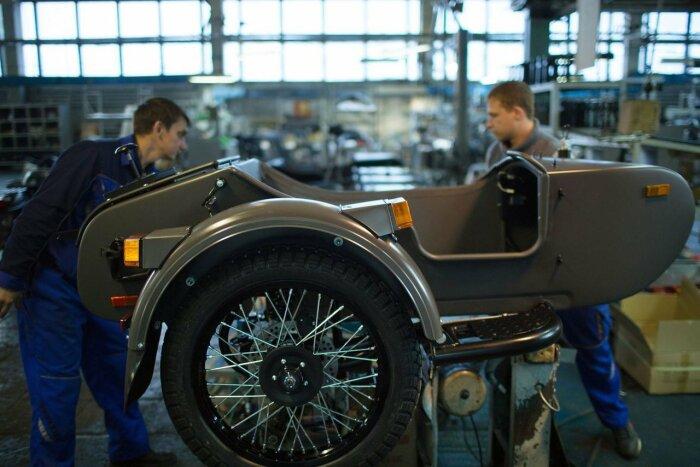 Сегодня на заводе производят соло и колясочные мотоциклы, которые преимущественно идут на экспорт / Фото: fotostrana.ru