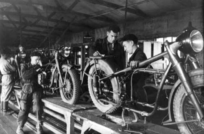 Становление, развитие завода, как крупного производителя мототехники, пришлось на тридцатые годы прошлого столетия / Фото: родники-ирбитские.рф