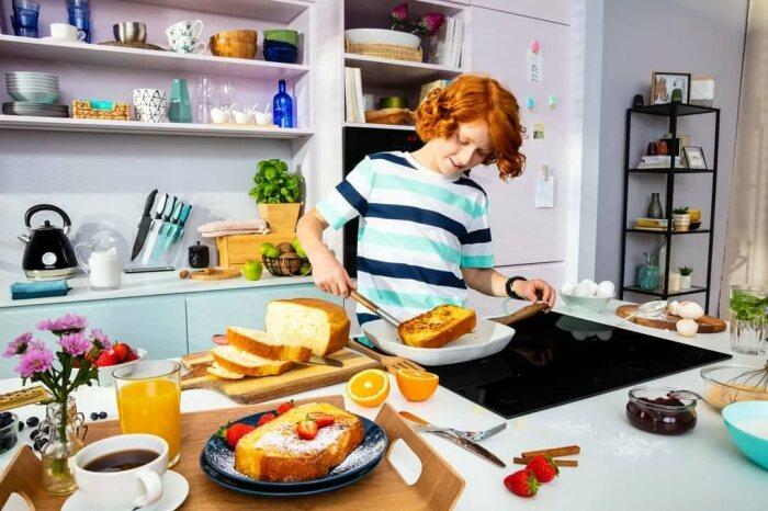 Нередко такую технику устанавливают люди, в доме которых есть маленькие дети / Фото: productionparadise.com