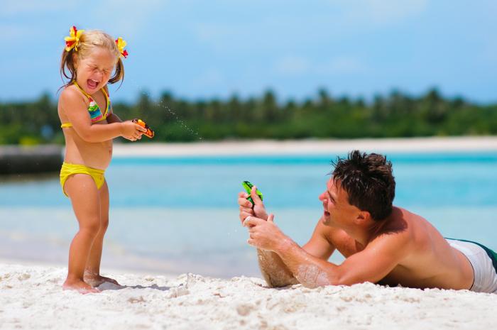 Итальянки способны найти время для себя, найти возможность отдохнуть от забот о детях, переложив их на отцов / Фото: bebac.com