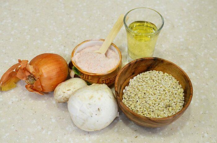 Для приготовления вкуснейшей каши понадобятся совсем простые ингредиенты / Фото: povar.ru