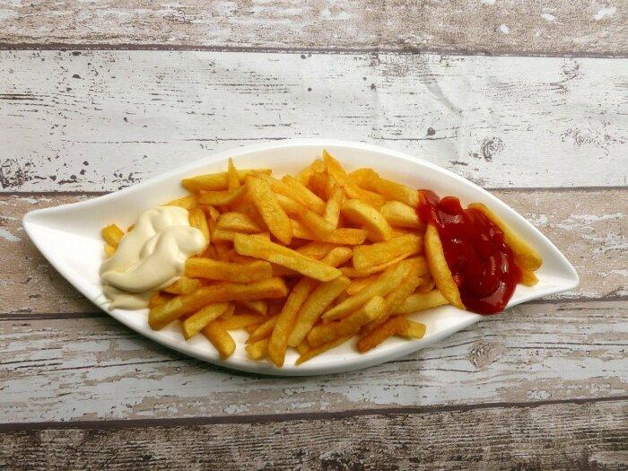 Через 10 минут вкусный и полезный картофель фри будет готов / Фото: news.myseldon.com