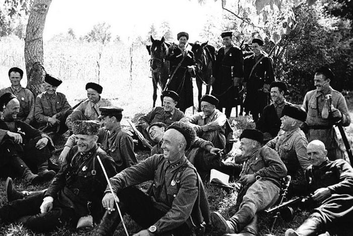 Казаки много и долго обучались, что помогало им выжить в суровых условиях / Фото: historicaldis.ru