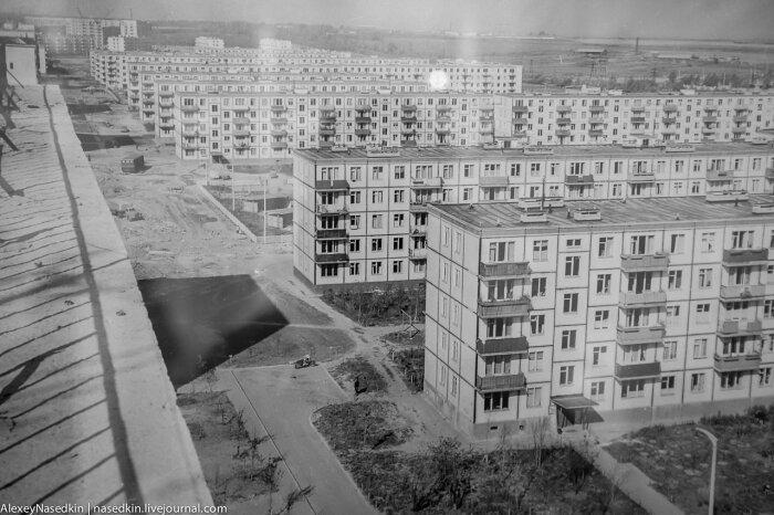 Чтобы сделать строительство жилых домов более дешевым, проекты начали создавать типовые / Фото: fotostrana.ru
