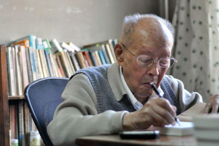 Систему пиньинь изобрел китайский лингвист, экономист Чжоу Яопин / Фото: d.consumium.org