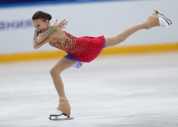 Чехлы преимущественно носят на тренировках, но иногда используют и во время соревнований / Фото: navka-ice-queen.forumisrael.net