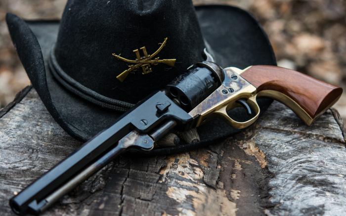 Наиболее популярная среди ковбоев модель револьвера Colt Single Action / Фото: nastol.com.ua