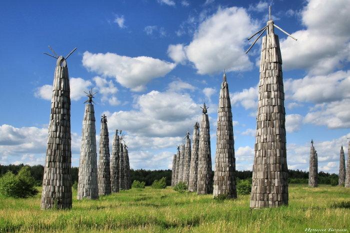 Инсталяции создаются художниками совместно с местными жителями / Фото: fotokto.ru