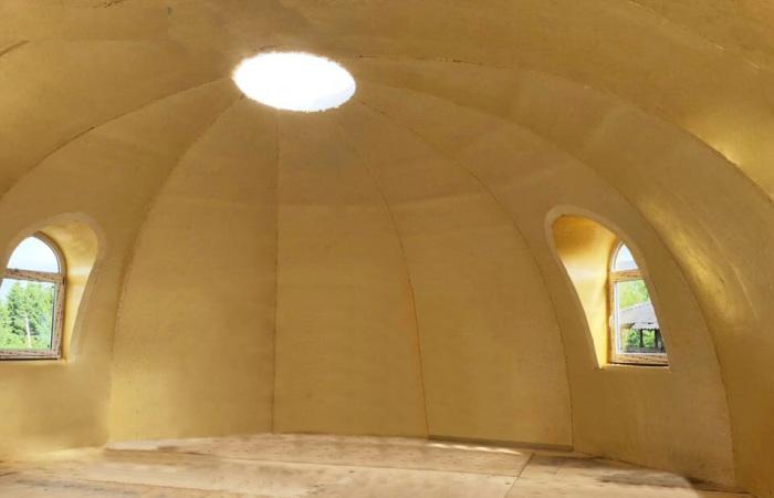 После возведения стен можно приступать к внутренней отделке / Фото: kupol-doma.ru