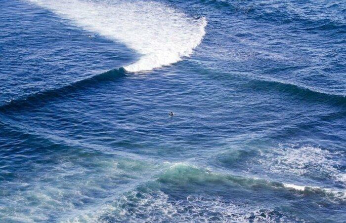 Клетка на море может появиться в результате изменения направления ветра / Фото: makataka.ru