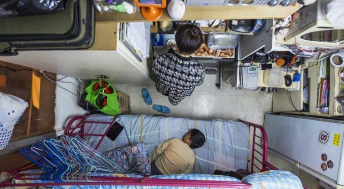 Из-за очень высокой цены на недвижимость китайцам приходится довольствоваться крошечными квартирами / Фото: kenguru.plus