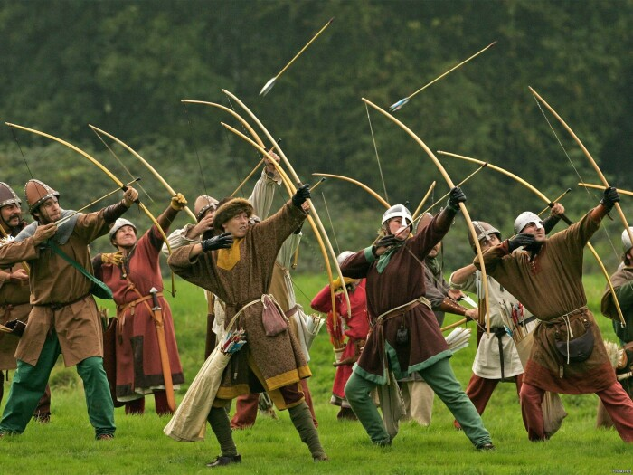 Обеспечить стрелков, численность которых составляла не одну сотню, двумя связками качественных стрел, как мы уже понимаем, было не так-то просто с материальной точки зрения / Фото: fishki.net