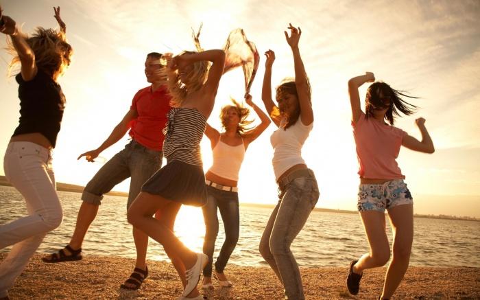 В результате активного движения алкоголь из организма выводится быстрее / Фото: attuale.ru