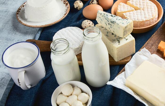 Чтобы похудеть, следует покупать обезжиренные продукты / Фото: flormar-shop.ru