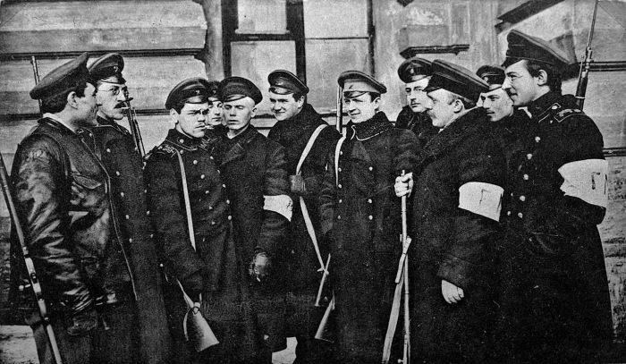 Таким правоохранителям народ больше бы доверял, так как они бы служили именно людям / Фото: kasdom.ru