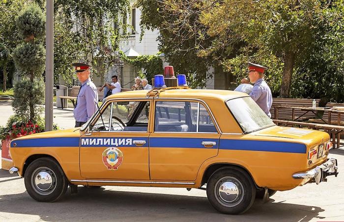 В России 01.03.2011 г. начал действовать новый закон «О полиции» / Фото: drive2.com