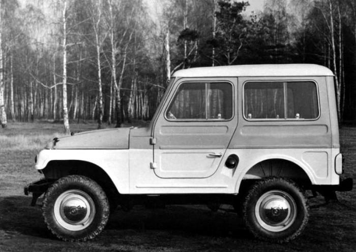 Первые пробные автомобили быстро ломались / Фото: ged-aged.livejournal.com
