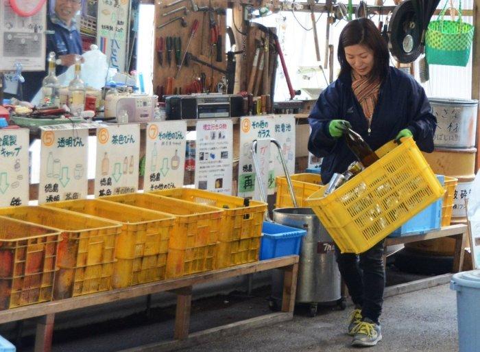 Иностранцу познать стратегию сортировки мусора будет непросто / Фото: twitter.com