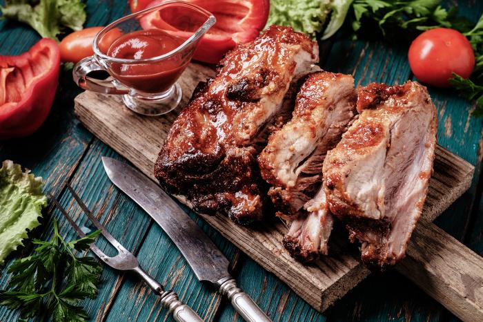 Такой простой продукт, как сода, спасет любое мясо и сделает его мягким и сочным / Фото: ne-kurim.ru