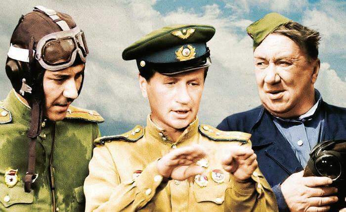 Первую смонтированную версию кинокартины Быков показал летчикам-фронтовикам / Фото: funart.pro