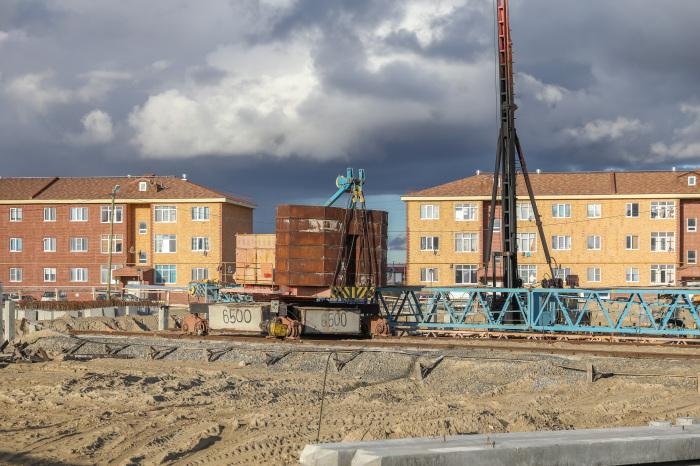 Город постепенно трансформируется из деревянного в нефтегазовый центр / Фото: narianmar.bezformata.com