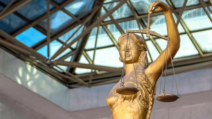 Верховный Суд, основываясь на ПДД, установил, что виновным является лишь водитель-обочечник / Фото: news.myseldon.com