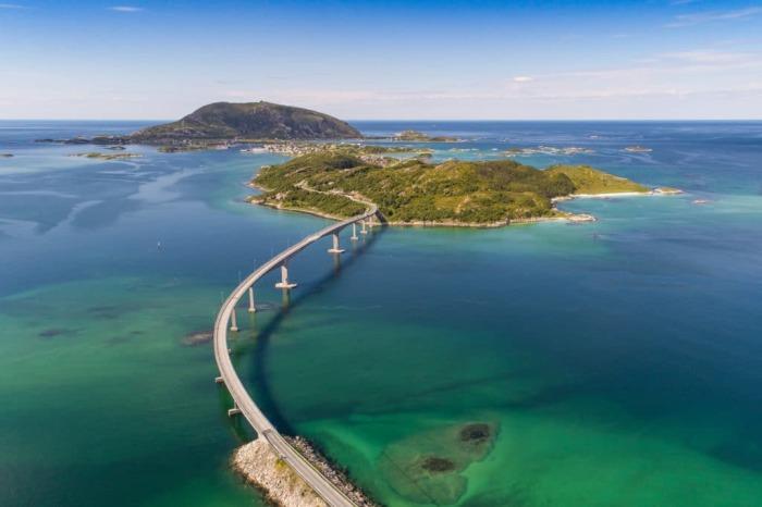 Полярный день на острове Соммарей длится около двух месяцев / Фото: yachtsreview.com