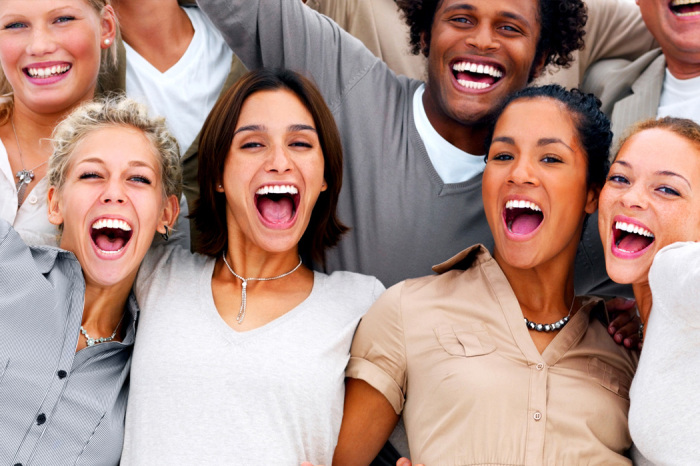Американцы всегда улыбаются, такой уж у них менталитет / Фото: qil.ru