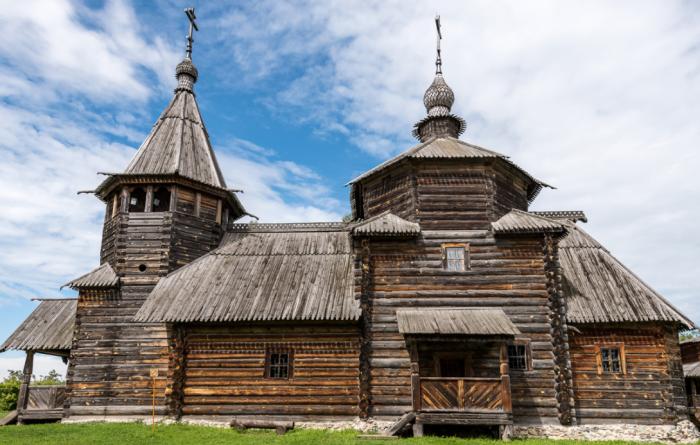 Деревянные церкви в 12-13 веках в основном строились без отопительной системы / Фото: club-nikon.ru