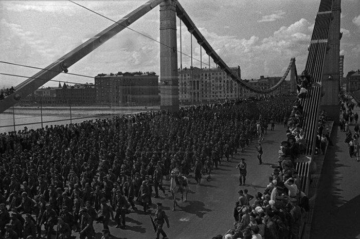 Перед маршем немцев хорошо накормили, в рационе были каша, сало, хлеб / Фото: fotostrana.ru
