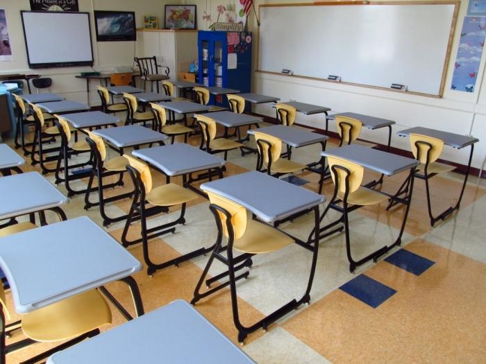 В США считают, что школа для ребенка – это стресс и ученик должен иметь индивидуальное место и личное пространство / Фото: fisherjames.com