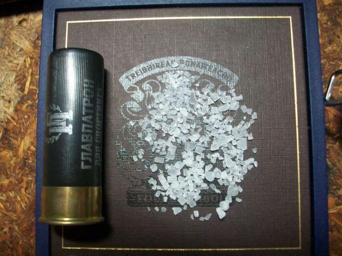 Солевые кристаллы внешне сходны с зернами риса и по размеру, и по форме / Фото: popgun.ru