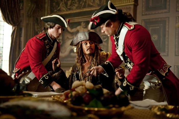 Учитывая род деятельности пиратов, они большую часть времени проводили далеко от побережья, поэтому снабжение провизией было нестабильным / Фото: ru.kinorium.com