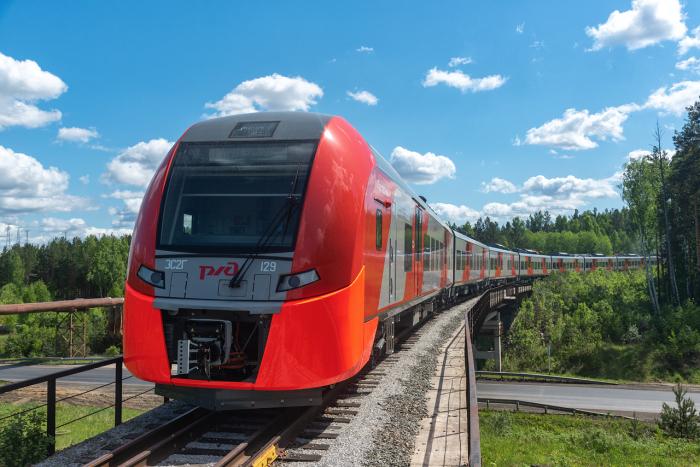 Отличие между железнодорожным составом и поездом все-таки существует / Фото: trainpix.org